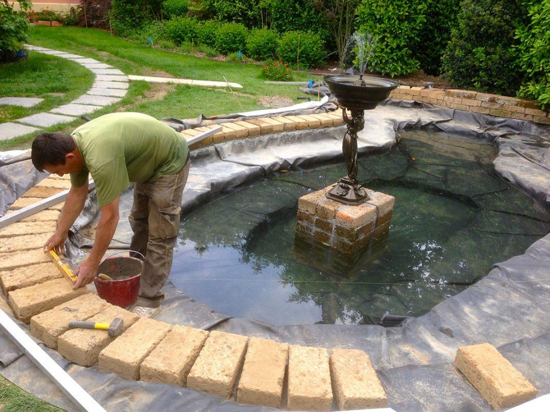 Laghetti arte del giardino vendita piante acquatiche for Kit laghetto da giardino